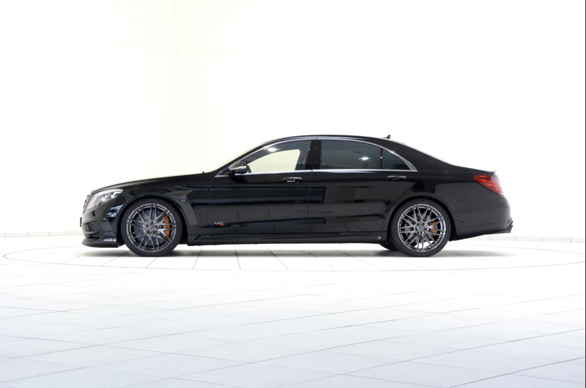 Brabus mercedes benz rocket 900 for Mercedes benz brabus price