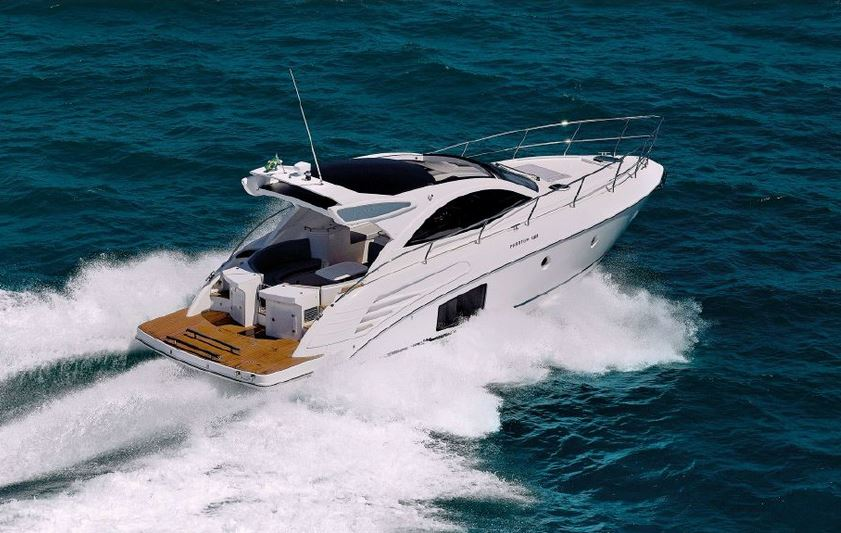Schaefer 400 Yacht for sale in Cyprus, Luxury Yachts for sale in Cyprus, Luxury Boats Cyprus, Schaefer Yachts Cyprus