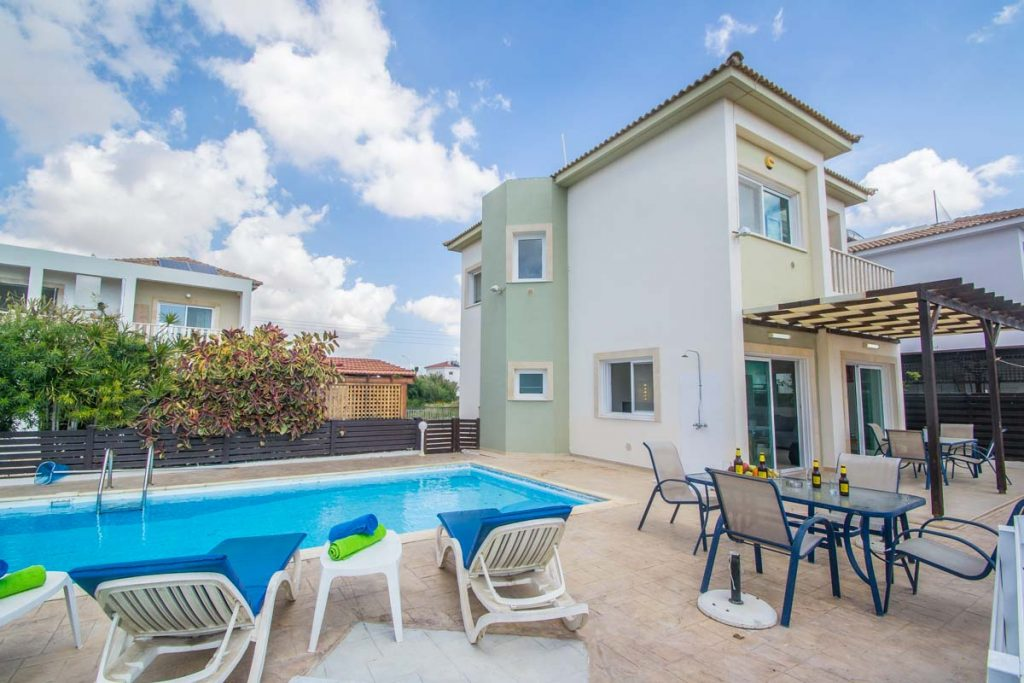Vacation Rental Villa in Ayia Napa, Protaras Villas for rental, Summer vacation Villas for rental, Short term vacation Rentals Ayia Napa Protaras Cyprus, Vacation Rental Houses and Villas, Spectre, Spectre.bz