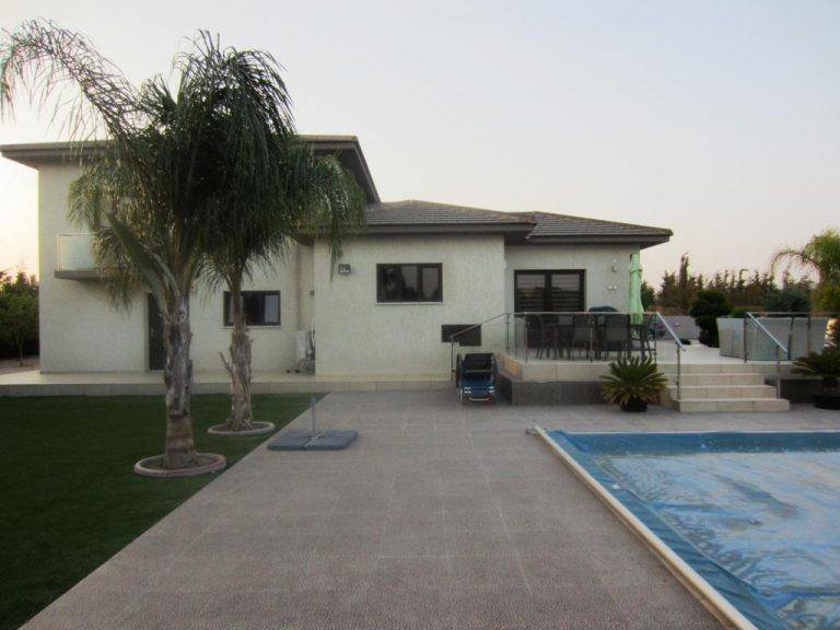5 Bedroom House for sale in Zygi Limassol. Limassol Real estate, Limassol Properties for sale, Zygi properties for sale